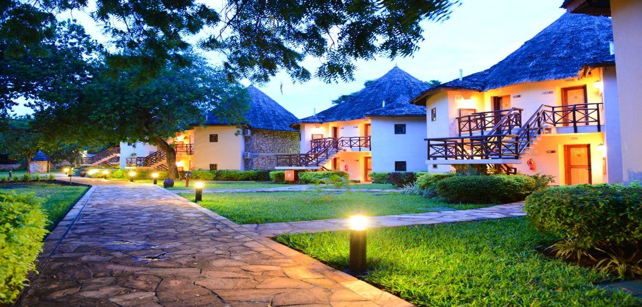 Bahari Beach Hotel Suites