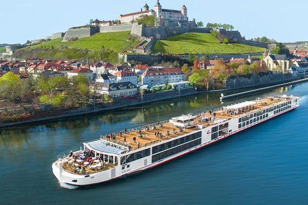 Viking Longship Hermod